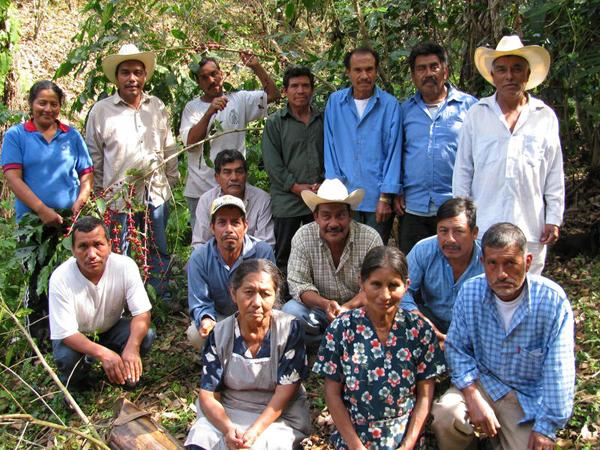 Mexican coffee farmers near Pablo Galeano.